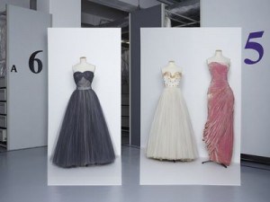 Christian Dior (Boutique), 1953-1954 / Jacques Fath, vers 1947 / Grès, A/H 1956 Collection Palais Galliera © Gregoire Alexandre