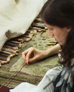 Restauration de tapisserie © Vincent Leroux - Mobilier national