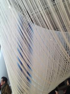 Akio Hamatani, W-Orbit, 2010 Rayonne, indigo © De fil en archive